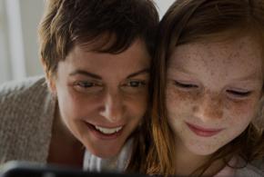 Microsoft-Studie: Mädchen können durch weibliche Vorbilder und mehr Praxiserfahrungen für MINT-Disziplinen begeistert werden