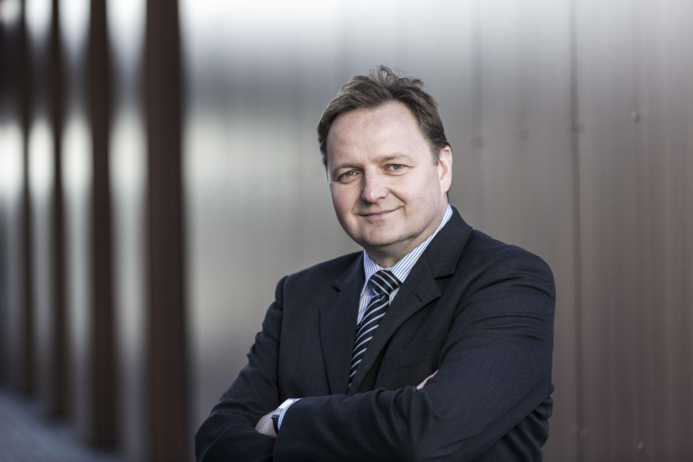 Jürgen Böhm ist Bundesvorsitzender des Verbandes Deutscher Realschullehrer. Foto: eads/Digitales Bildungsnetz Bayern