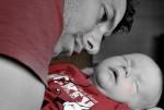 Vor allem Väter klagen darüber, dass sie zu wenig Zeit für ihre Kinder haben. Foto: sabrina gonstalla / pixelio.de