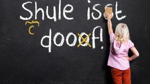 Die Schulkultur spielt laut Steinig eine große Rolle dabei, wie viel Wert auf Rechtschreibung gelegt wird. Foto: Shutterstock