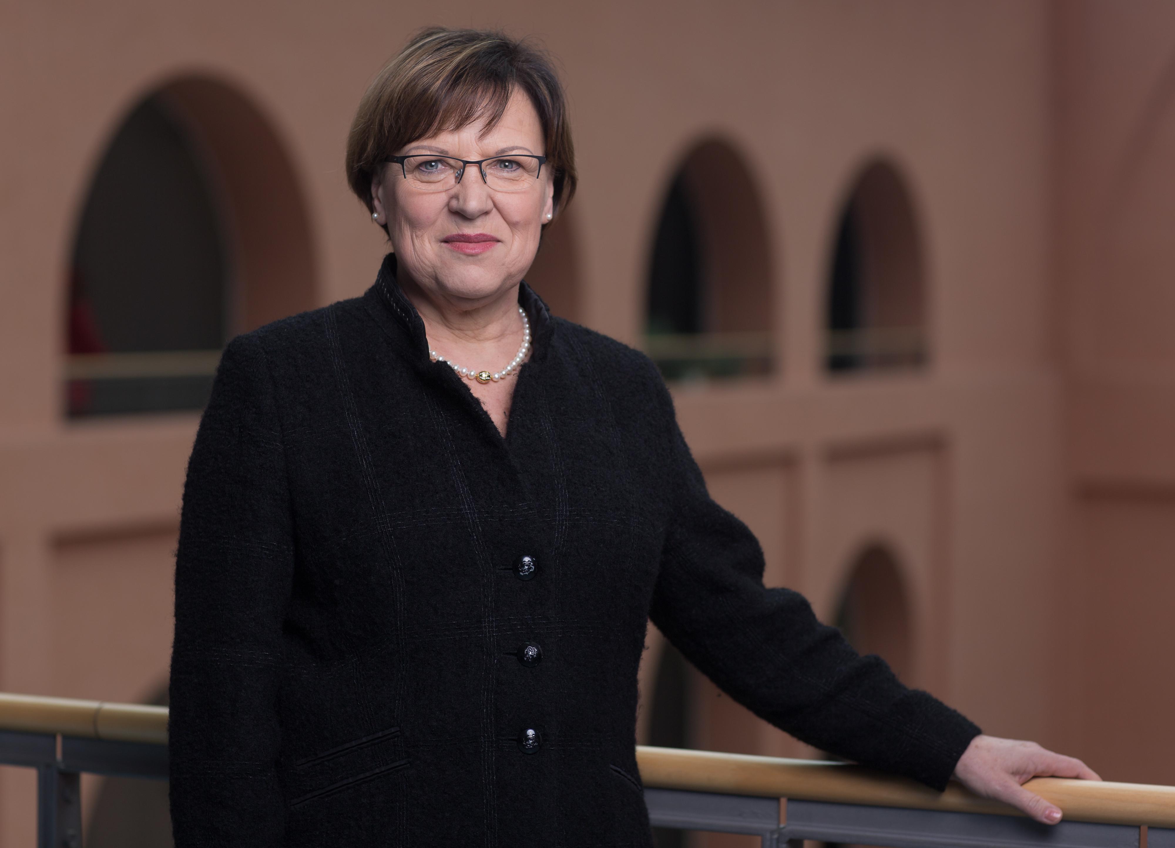 Nimmt die Lehrer in die Pflicht: Sachsens Kultusministerin Brunhild Kurth. (Foto: Sächsisches Kutlusministerium)