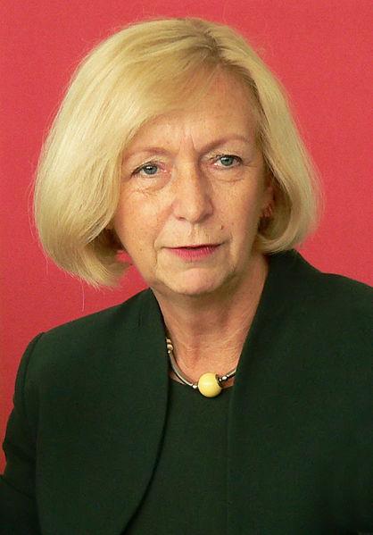 Wegen Bafög in der Kritik: Bundesbildungsministerin Johanna Wanka.(Foto: AxelHH/Wikimedia CC BY 3.0)