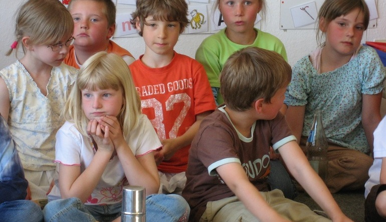 Die Bertelsmann Stiftung fordert einen Rechtsanspruch auf einen Ganztagsplatz in der Grundschule. Foto: Stefan Eissing / Flickr (CC BY-SA 2.0)