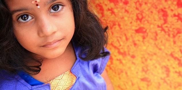 Immer mehr Migranten- und Flüchtlingskinder sind in den Schulen zu unterrichten. Foto: VinothChandar / Flickr (CC BY 2.0)