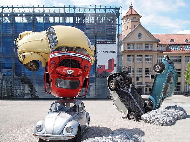 Eine Autoausstellung im Medienmuseum sieht so aus - CarCulture im Jahr 2011. (Foto: ikar.us/Wikimedia CC BY 3.0 DE)