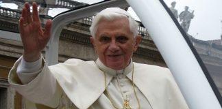 Benedikt XVI hat seinen Rücktritt angekündigt. (Foto: Broc / Wikimedia Commons (CC-BY-3.0)