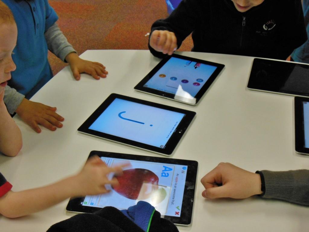 Die Digitalisierung der Schulen ist auch für die Bundesregierung ein Profilierungsfeld. Foto: Michael Coghlan / flickr (CC BY-SA 2.0)