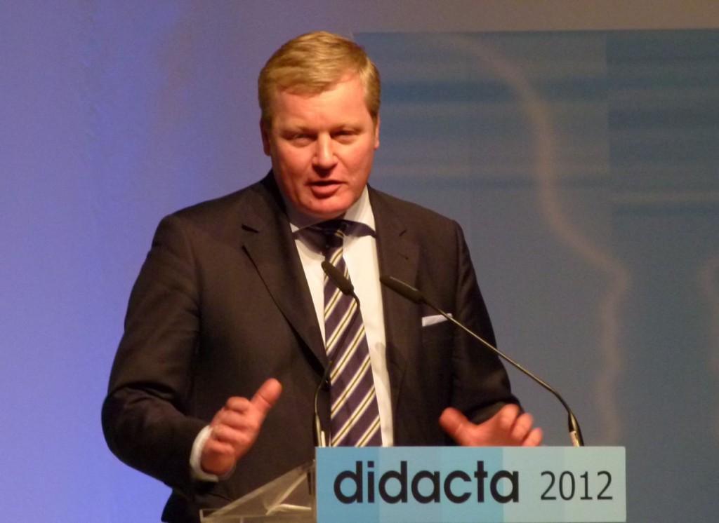 Kultusminister Althusmann bei seiner Eröffnungsrede auf der didacta 2012 in Hannover: Foto: Nina Braun