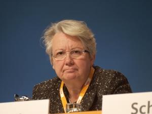 Annette Schavan trat nach der Aberkennung ihres Doktortitels vom Amt der Bundesbildungsministerin zurück. Foto: www.dts-Nachrichtenagentur.de / Wikimedia Commons