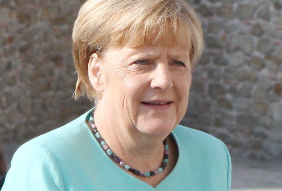 Bundeskanzlerin Angela Merkel will mehr Engagement des Bundes in der Bildung. Foto: EU2016 SK / Wikimedia Commons (CC0 1.0, Public Domain)