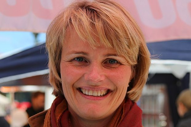 Nach Meinung von Bundesbildungsministerin Anja Karliczek (CDU) sollen die Länder nicht untätig auf die Gelder aus dem Digitalpakt warten. Foto: J.-H. Janßen / Wikimedia Commons (CC BY-SA 3.0)