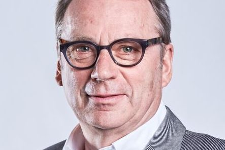 Sieht den Einsatz von zu vielen Seiteneinsteigern kritisch: VBE-Chef Udo Beckmann. Foto: VBE / Jean-Michel Lannier