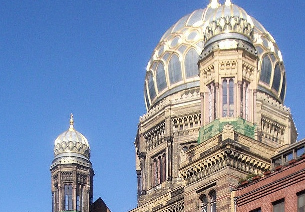 Die Neue Synagoge in Berlin. Foto: Andreas Praefcke / Wikimedia Commons (CC BY 3.0)