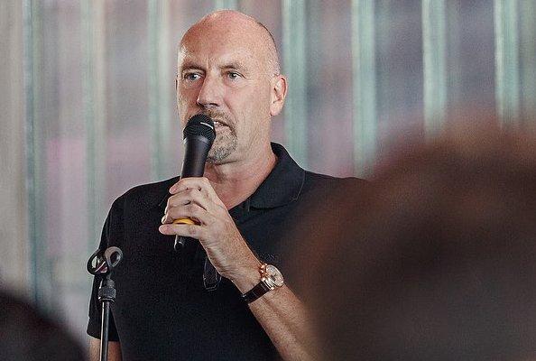 Carsten Meyer-Heder, CDU-Spitzenkandidat für die Bremer Bürgerschaftswahl 2019, plädiert für Notenzeugnisse.