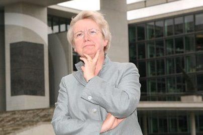 Kämpft vor Gericht um ihren Doktortitel: Ex-Bundesbildungsministerin Annette Schavan. Foto: Jahr der Geisteswissenschaften / Wikimedia Commons (CC BY-SA 3.0)