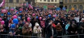 """Nach Angaben der Veranstalter nahmen 2.416 Menschen an der letzten """"Demo für alle"""" in Stuttgart gegen den Bildungsplan teil. Foto: Demo für alle"""