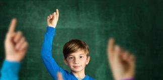 Demokratische Prinzipien in der Schule zu vermitteln, braucht Zeit. Foto: Shutterstock
