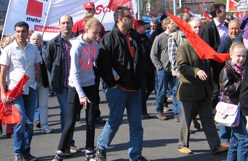 Rund 2.000 Menschen demonstrierten in Frankfurt und Kassel gegen die schlechten Verhältnisse an den hessischen Schulen (Symbolbild). Foto: Bernd Schwabe in Hannover / Wikimedia Commons (CC BY 3.0)