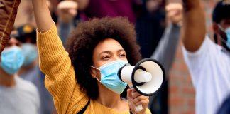 Demonstration, Demokratie, Black Lives Matter. Foto: Drazen Zigic/shutterstock