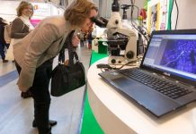 """Etliche Anbieter digitaler Lerntechnik präsentieren sich auf der """"didacta"""". Foto: Messe Stuttgart"""