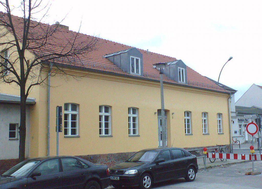Die geplanten Mindestgrößen bedrohen zahlreiche Thüringer Schulen in ihrem Bestand, befürchtet die CDU-Landtagsfraktion (Symbolbild) Foto: Joachim Schmidt / Wikimedia Commons (Gemeinfrei) (Ausschnitt)