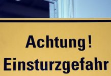Jetzt müssen schon Schulgebäude wegen Einsturzgefahr geschlossen werden. Foto: Mehr Demokratie / flickr (CC BY-SA 2.0)
