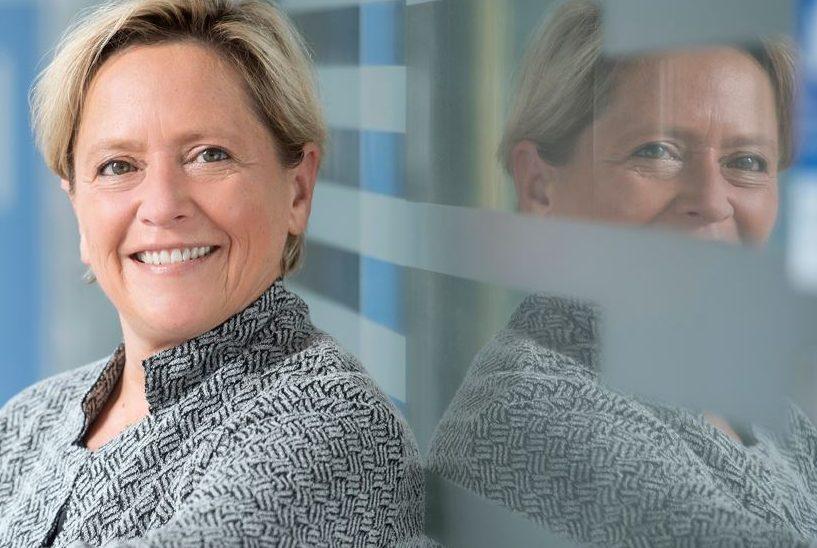 Auf Schulbesuch: Baden-Württembergs Kultusministerin Susanne Eisenmann. Foto: Kultusministerium Baden-Württemberg