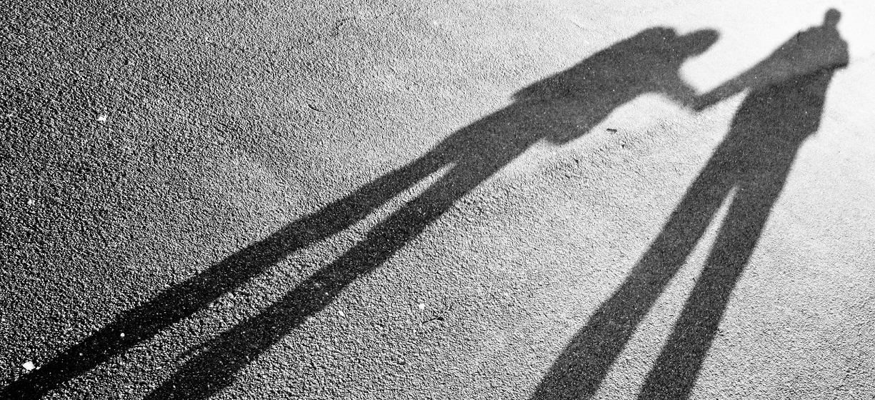 Wenn Kinder sich nicht aus dem langen Schatten der Eltern befreien können ... Foto: Petras Gagilas / flickr (CC BY-SA 2.0)