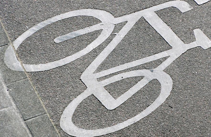 In Norddeutschland kommt jeder dritte Schüler mit dem Fahrrad zum Unterricht. Ob's an den fehlenden Bergen liegt? Foto: Martin Abegglen / flickr (CC BY-SA 2.0)