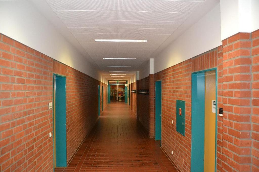 leerer Flur -Schulräumung in Paderborn - Überreaktion oder berechtigte Vorsicht? (Symbolbild) Foto: mueritz / Flickr (CC BY-SA 2.0)