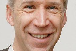 """Der baden-württembergische VBE-Landeschef Gerhard Brand wünscht sich """"Frieden unter den Schulen"""". Foto: VBE"""