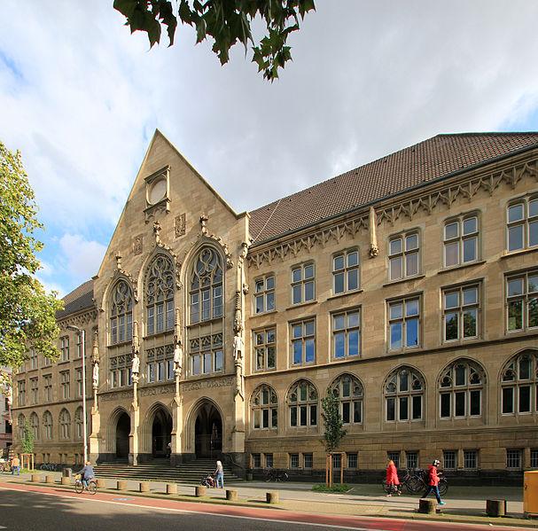 Darf sich freuen: das Kölner Hansa-Gymnasium. Foto: Howi / Wikimedia Commons (CC BY 3.0)