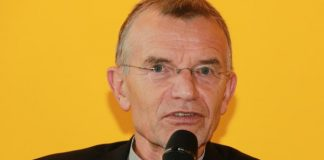 Prof. Klaus Hurrelmann, der langjährlige Leiter der renommierten Shell-Jugendstudie, wird in dieser Woche 75 Jahre alt. Foto: blu-news.org / Wikimedia Commons (CC BY-SA 2.0)