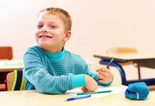 Weil die Sonderschulpflicht für behinderte Kinder mit der Inklusion entfallen ist, können Förderschulen nur als zusätzliches Angebot betrieben werden - und das ist extrem teuer. Foto: Shutterstock