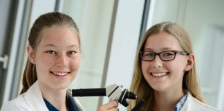 Angesichts der vielen Teilnehmerinnen und Teilnehmer kann der Forschungsstandort Deutschland optimistisch in die Zukunft sehen. Foto: Stiftung Jugend forscht e. V.