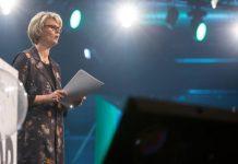 Vergeblicher Einsatz: Bundesbildungsministerin Anja Karliczek auf der re:publica in Berlin, einer der wichtigsten Konferenzen zu den Themen der digitalen Gesellschaft. Foto: Jan Zappner/re:publica / flickr (CC BY-SA 2.0)