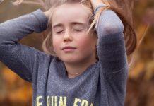 Kinder sind spirituelle Wesen, die sich die existenzielle Lebensfragen des Lebens stellen. Foto: Pezibear / Pixabay (CC0 1.0)
