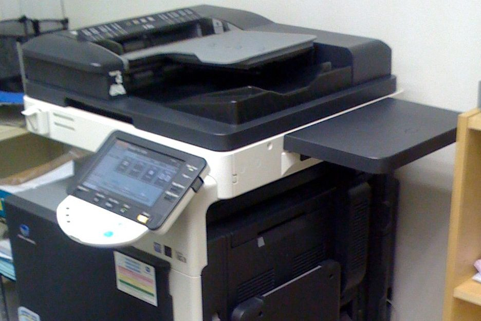 Vernetzte Drucker und Kopierer sind mittlerweile eine Selbstverständlichkeit. Was die Arbeit erleichtert, macht die Geräte zugleich angreifbar. Foto: mdornseif / flickr (CC BY-SA 2.0)