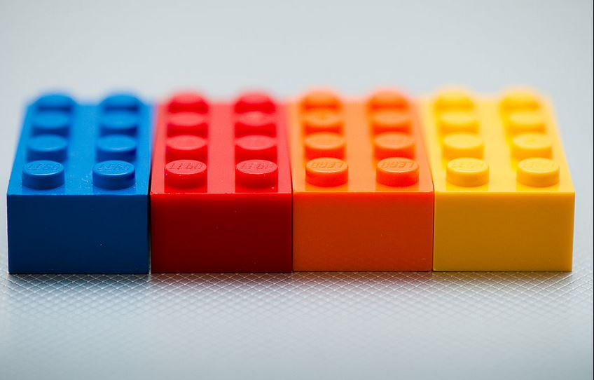 Das Ausgangsprodukt: Lego-Steine. Foto: Kenny Louie / Wikimedia Commons (CC BY 2.0)