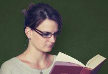 Die Lesekompetenz von Lehrern korreliert im internationalen Vergleich mit den Schülerleistungen. Foto: 947051 /pixabay (CC0) (bearbeitet)