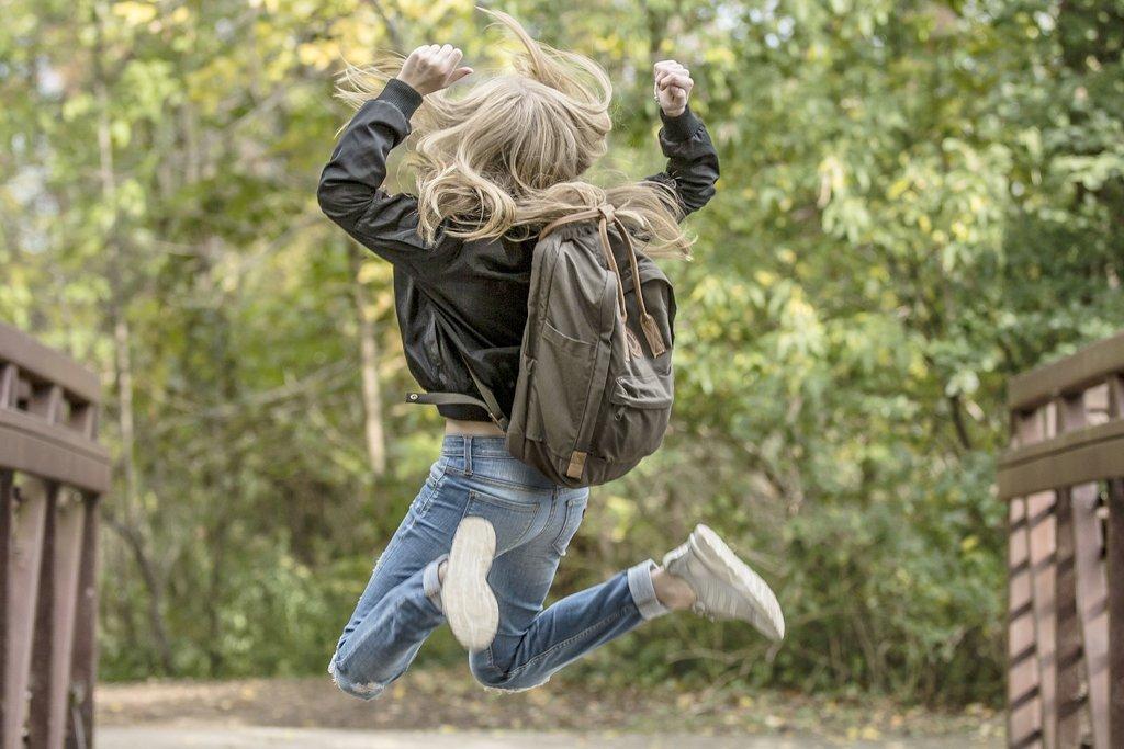 Im Schulfach Glück gehe nicht darum, das Glück direkt anzustreben, befindet Ernst Fritz-Schubert . Aber jeder junge Mensch solle die Voraussetzungen für ein gelingendes Leben erwerben können. Foto: pexels / Pixabay (CC0 1.0)