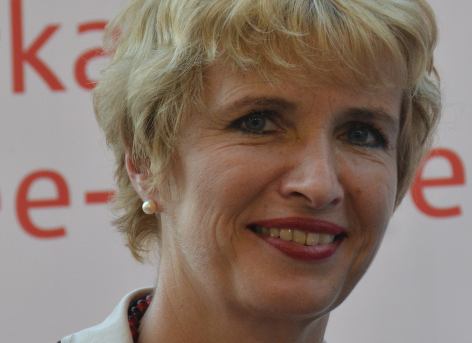 Wieder da: Brandenburgs Ex-Bildungsministerin Martina Münch (SPD). Foto: Nicola / Wikimedia Commons (CC-BY-SA 4.0)