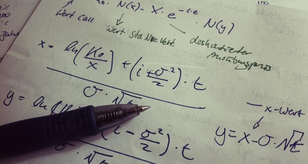 Mathematik - wie schwer darf's denn im Abitur sein? Foto: marco51186 / Flickr (CC BY 2.0)