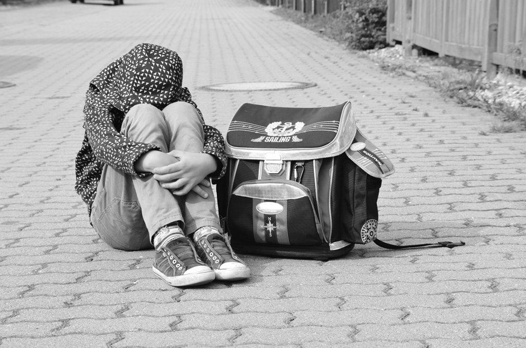Mobbing ist eine Form der Gewalt, deren Opfer nicht in die eine oder andere Richtung instrumentalisiert werden sollten. Foto: Anne Garti / pixelio.de