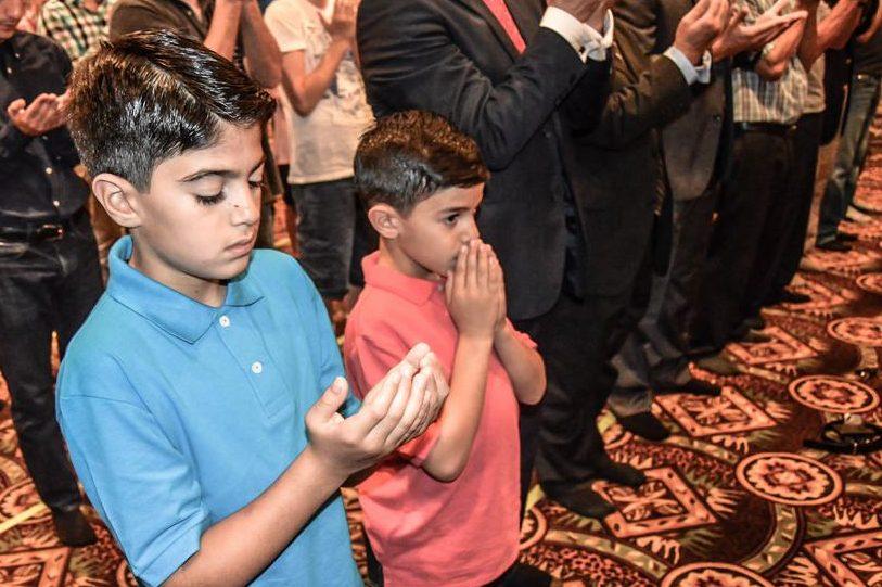 Kinder während des Ramadans in einer Moschee. Foto: Lion Multimedia Production U.S.A. / flickr (CC BY 2.0)