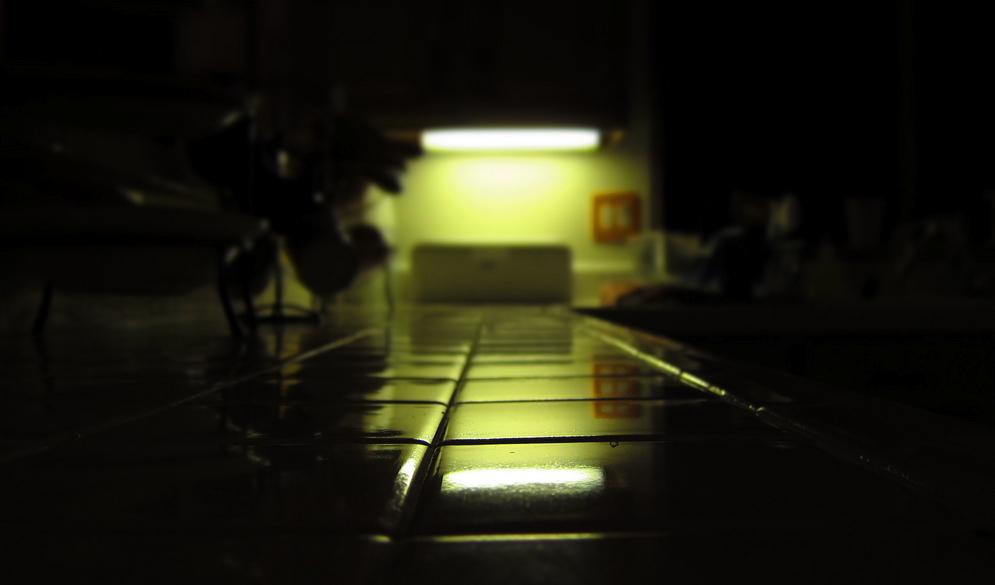 Notbeleuchteter Fliesenboden