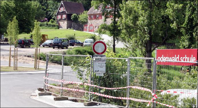 """Nach dem Aus der Odenwaldschule fehlt der Stiftung """"Brücken bauen"""" das Geld des Schulträgers. Foto: Armin Kübelbeck / Wikimedia Commons (CC-BY-SA-3.0)"""