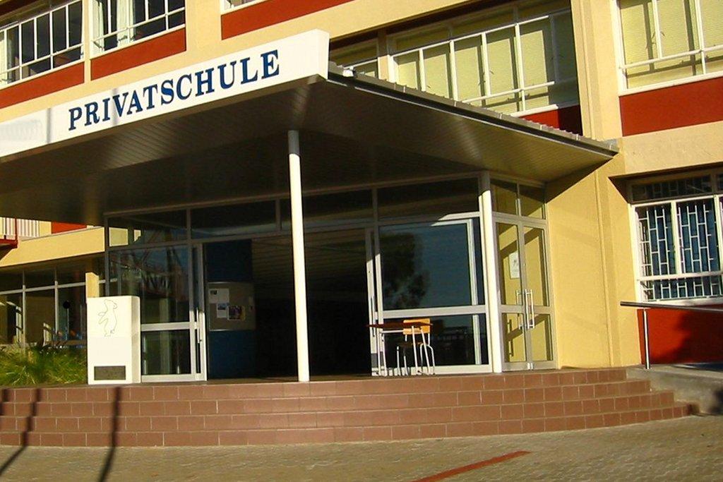 Auch Privatschulen leiden unter dem Lehrermangel. Foto: mroszewski / Wikimedia Commons (CC BY-SA 3.0)