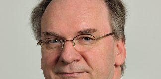 Promovierter Physiker: Sachsen-Anhalts Ministerpräsident Reiner Haseloff (CDU) präferiert die Hochschulen. Foto: Martin Rulsch / Wikimedia Commons (CC-BY-SA-4.0)