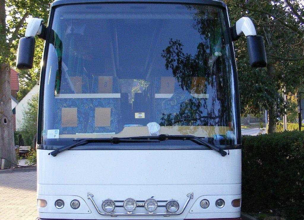 Da bei der Anmietung des Busses mehrere Stellen beteiligt waren, dauerte es insgesamt sieben Stunden, bis die Reisegruppe aus der Schweiz mit einem anderen Bus weiterfahren konnte. Foto: Sludge G / flickr (CC BY-SA 2.0)